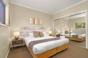 The Main Bedroom of a 2 Bedroom Townhouse Apartment at Birmingham Gardens Townhouses.
